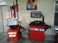 Used Combo Coats Tire changer & Wheel Balancer.