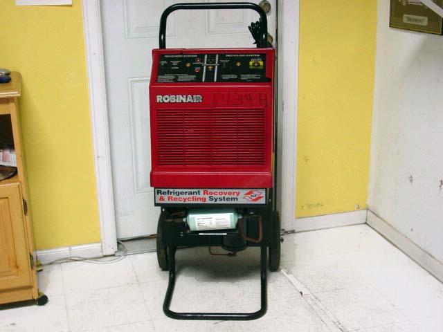 Robinair Ac Machine >> Used Robinair A C Service Station