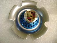 New Porsche Center Cap Colored Crest